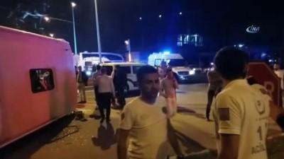 Tırla çarpışan yolcu otobüsü devrildi... İlk belirlemelere göre 1 ölü 7 yaralı