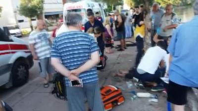 yasli adam -  Yol kenarında bekleye yayaya araç çarptı: 1 ölü