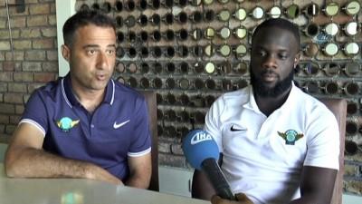"""Elvis Manu: """"Süper Lig'de futbolcu olabilmek için savaşmanız gerekiyor"""""""