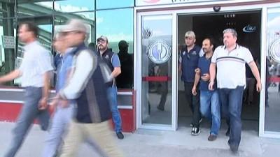 10 komiser FETÖ soruşturması kapsamında adliyeye çıkartıldı