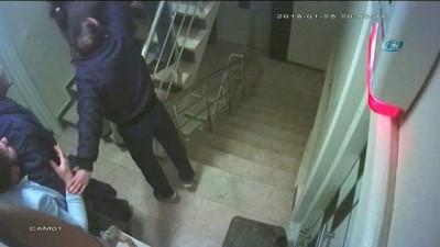 Köpek yüzünden 2 kişiyi öldürdü...Cinayet anı kamerada