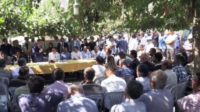 Tarım ve Orman Bakanı Pakdemirli, Elmalı'da afet bölgesini gezdi (1) - ANTALYA