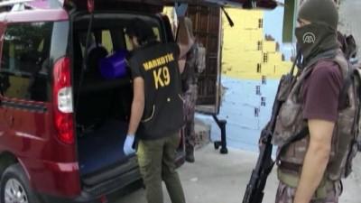 ozel harekat polisleri - Uyuşturucu satıcılarına şafak operasyonları - İSTANBUL