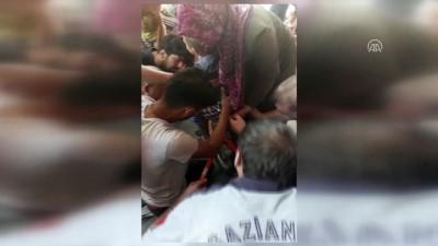 bisiklet - Gaziantep'te vücuduna bisiklet demiri saplanan çocuk kurtarıldı