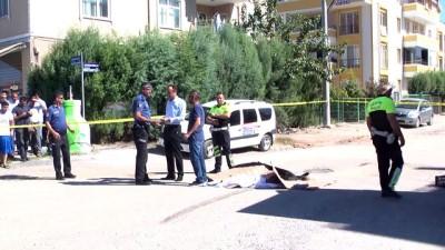 bisiklet - Hafriyat kamyonunun çarptığı bisikletli öldü - KOCAELİ