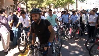 bisiklet -  AK Parti Ankara İl Gençlik Kolları'ndan bisikletli kutlama