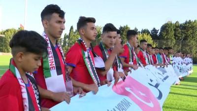 Şöhretler karmasıyla Filistin takımı arasında dostluk maçı (2) - İSTANBUL