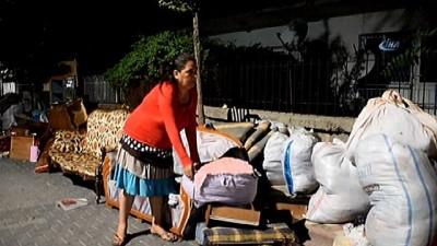 Kirayı ödeyemediği için sokağa atılan kadın yardım bekliyor