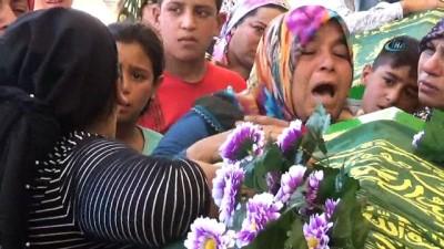 Sokaktaki gürültüye sinirlendi 1 çocuğu öldürdü... Çocuğun cenazesi ailesine teslim edildi