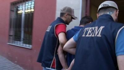 Terör örgütlerinin propagandasını yapan iki kişi gözaltına alındı