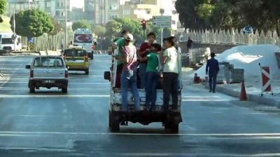 korkuluk -  Çocukların kamyonet kasasında ölüm yolculuğu