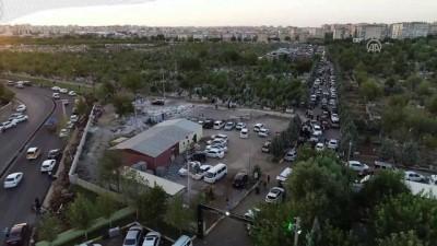 bulduk - Diyarbakır'da mezarlıklarda 'perşembe' yoğunluğu (2)