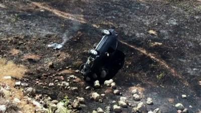 direksiyon - Şarampole devrilen otomobil alev aldı: 2 yaralı - ELAZIĞ