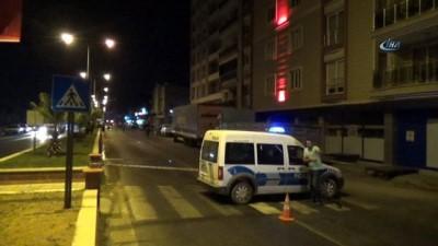 Aydın'da silahlı çatışma... Karayoluna adeta kurşun yağdı, 5 yaralı