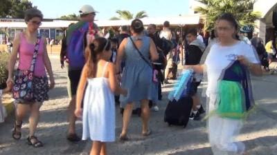 Tatilciler 9 günlük bayramda Ege adaları yerine iç turizme yöneldi... Euro ve doların artması rezervasyonların iptal etmesine yol açtı