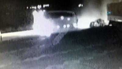 3 kişinin öldüğü kaza anı güvenlik kamerasında