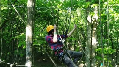 Adrenalin tutkunlarının adresi Kemerburgaz'daki Macera Parkı