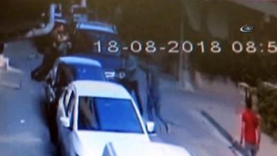 Alacaklıları sokakta yürürken kaçırdı... O anlar kamerada