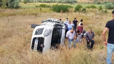 Otomobil şarampole devrildi: 6 yaralı - ERZUNCAN