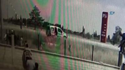 Otomobil taklalar attı, 11 kişinin bulunduğu otomobilden yaralılar böyle kurtuldu: 5'i çocuk 10 yaralı