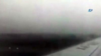 - Meksika'da uçağın düşüşü yolcu tarafından kaydedildi
