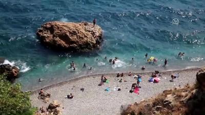 Akdeniz sahillerinde bayram yoğunluğu - ANTALYA/MUĞLA