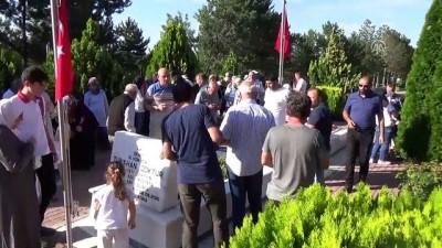 Kahramankazan'da mezarlık ziyaretleri yapıldı - ANKARA