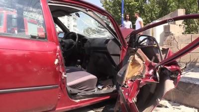 İki otomobil çarpıştı: 5 yaralı - ERZİNCAN