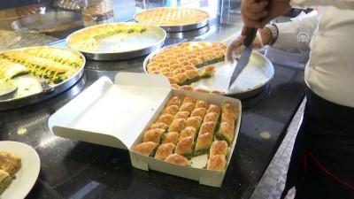 Kurban Bayramı'nda baklava üretimi katlandı - İSTANBUL