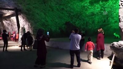 5 bin yıllık tuz mağarasına yoğun ilgi - ÇANKIRI