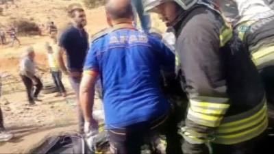 Bingöl'de trafik kazası: 5 ölü 10 yaralı