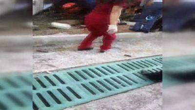 Kendiliğinden hareket eden otobüs yaşlı kadını altına aldı: 1 ölü