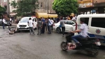 Motosiklet otomobil ile çarpıştı: 1 yaralı