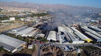 Sanayi Sitesi'ndeki yangının hasarı havadan görüntülendi