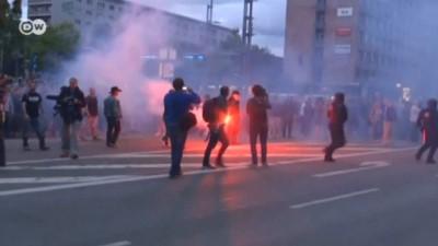 asiri sagci - Almanya'daki gösterilerde 6 kişi yaralandı