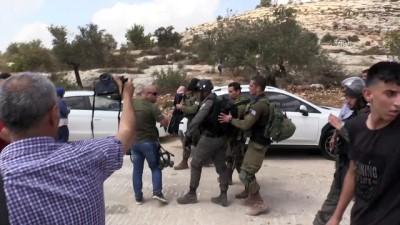 İsrail güçleri Ramallah'ta Filistinlilere müdahale etti (2) - RAMALLAH