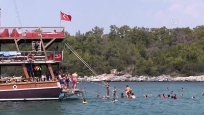 İngiliz turistler Didim'de mutlu - AYDIN