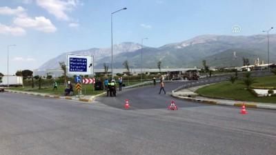 insaat firmasi - Beton mikseri devrildi: 1 yaralı - MANİSA