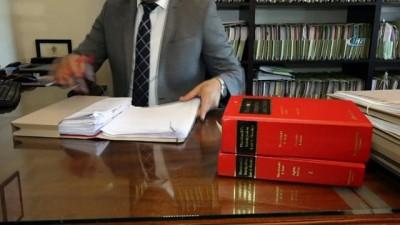 """- Türk Hukukçu, İngiltere'de """"yılın Avukatı"""" Adayı Oldu"""