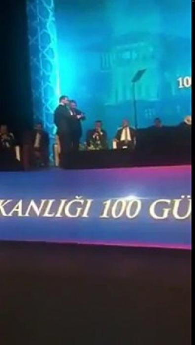 Anasayfa Web TV Süleyman Soylu ile Berat Albayrak düşman çatlattı Beğen Tweet Paylaş Puan: 0 yu Genişlet Süleyman Soylu ile Berat Albayrak düşman çatlattı