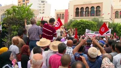 Tunus'ta 'mirasta eşitlik' karşıtı protesto - SAFAKES