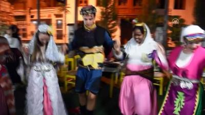 Yabancı öğrencilere Türk usulü kına gecesi - MUĞLA
