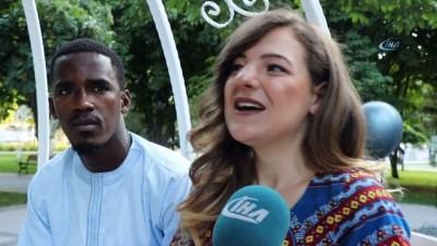 Aradığı aşkı 5 bin 500 kilometre uzaklıkta buldu... Senegalli Abdoulaye ile Kayserili Ayşegül'ün aşkı görenleri şaşırtıyor