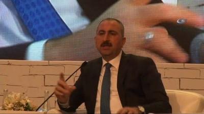 Bakan Gül'den ABD'nin yaptırım kararına esprili yanıt