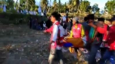 - Endonezya'da Deprem Mağdurları Tahliye Bekliyor