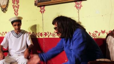 Görme engelli tiyatrocular sahne aldı - İSTANBUL