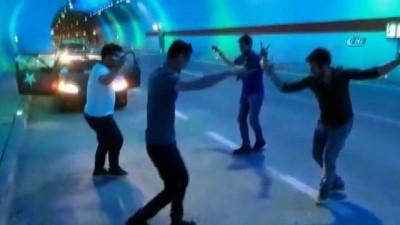 Türkiye'nin en uzun tünelinde Ankara kaşık havası oynadılar