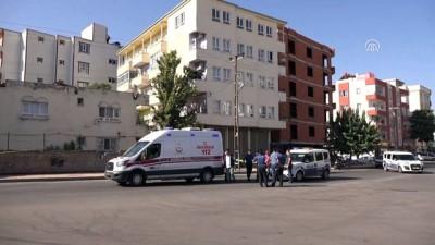 ozel hastaneler - Eşini silahla vurduktan sonra intihar etti - BATMAN