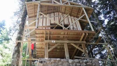 Doğayla uyumlu 25 bungalov ev Gölcük'e yerleştirildi