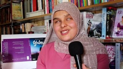 Görme engelli genç kız 'wattpad' uygulaması yardımı ile roman yazdı